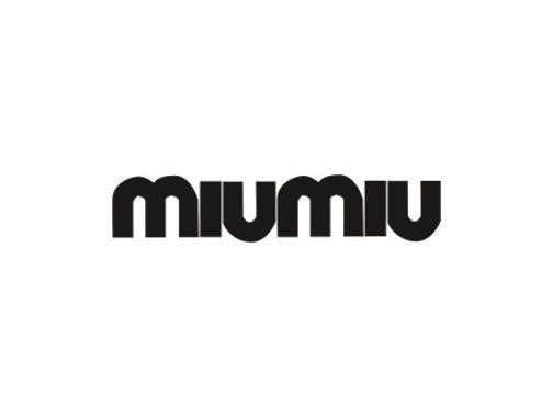 Logotipo Miu Miu | Óptica Optimax